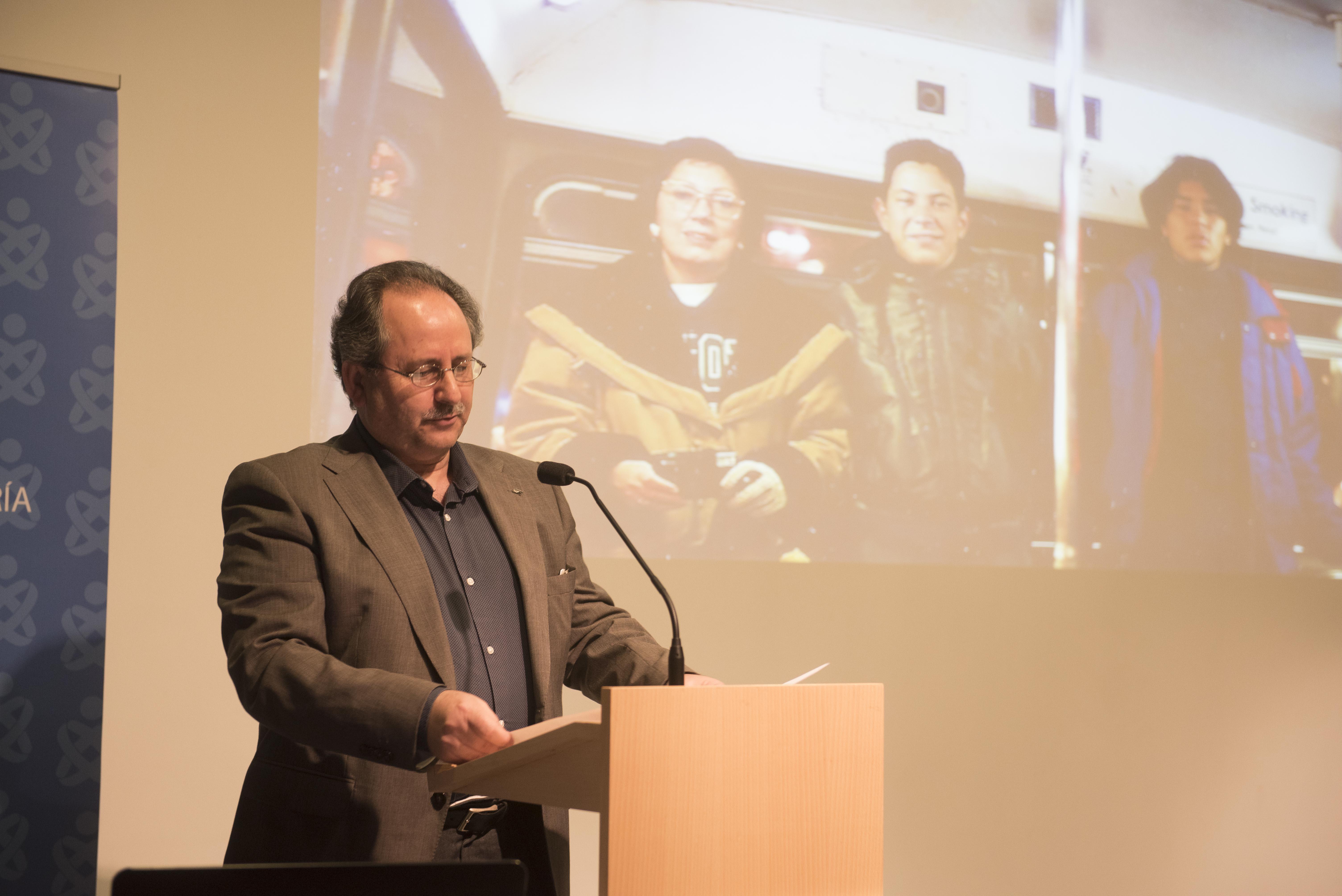 Dr. Manuel Amezcua